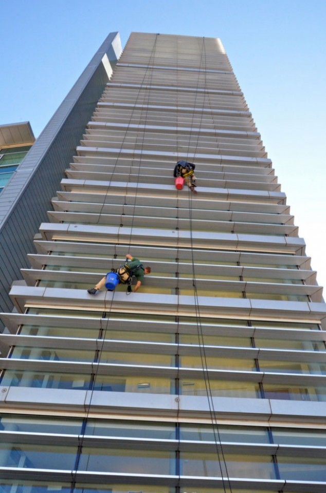 Proudly The Best High Rise Window Cleaning In Denver Co